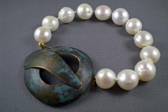 Pearl Bracelet made by Linda Bushee, student